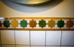 Casa Olea kleine Hotels Andalusien Badezimmer Keramikfliesen