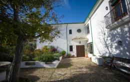 Casa Olea B&B Andalucia cortijo farmhouse