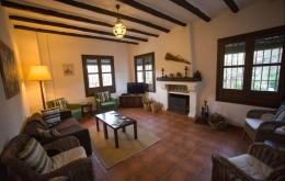 Casa Olea kleine Hotels Spanien Lounge mit Kamin